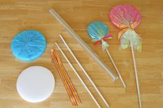 #DIY Giant Lollipops {birthday parties or holiday decor} // GloriousTreats.com- #PartyDecor