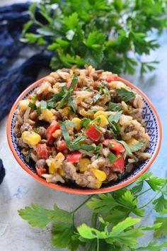 Fűszeres rizs recept - Kifőztük, online gasztromagazin Cantaloupe, Salsa, Fruit, Ethnic Recipes, Food, Red Peppers, Essen, Salsa Music, Meals