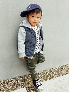 babyGAPのTシャツ・カットソーを使ったアキラのコーディネートです。WEARはモデル・俳優・ショップスタッフなどの着こなしをチェックできるファッションコーディネートサイトです。
