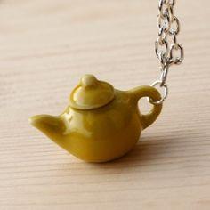 konvička na krk ... náhrdelník Tea Pots, Tableware, Dinnerware, Tablewares, Tea Pot, Place Settings, Tea Kettles