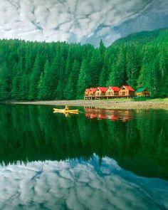 Nimmo Bay Wilderness Resort, British Columbia: - holidayspots4u
