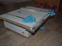 Mini table saw by winand - Thingiverse
