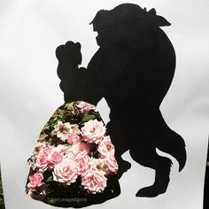 It was so hard to find the good spot to make that picture!  That's definitely one of my favourite Disney stories 😄  What's your favourite?  #drawing #disney #beautyandthebeast #art #doubleexposure270k #doubleexposure #rose #flowers #garden #sharpie #artsy #instaartist #love #photooftheday #daily_artistiq #mizu_art #artistic_unity #artistic_support #artist_4_shoutout #colorful #disneyart #illustration #sketch #pencildrawing #gallery #creative #artistuniversity #artistic_realm…