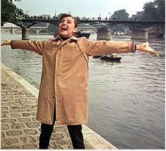 Audrey Hepburn - Paris  www.girlsguidetoparis.com