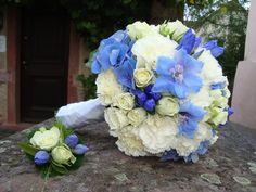Brautstrauss weiss-blau von FlowerStyle.de