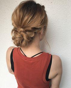 """ミツマルカスミ on Instagram: """"- - #3分ヘアアレンジ #シニヨンアレンジ - 三つ編みを使って簡単シニヨンアレンジ☺︎浴衣にも合うよ🎶 -…"""" Fries, Hair Arrange, Beauty, Hairstyles, Trends, Instagram, Fashion, Beleza, Haircut Designs"""