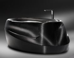 corcel- tub made of carbon