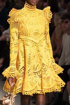 Zimmerman at New York Fashion Week Spring 2020 Zimmerman at New York Fashion Week Spring 2020 - Details Runway Photos Source by jeankirschkuchen 2020 fashion outfits New York Fashion, Fashion 2020, Runway Fashion, High Fashion, Fashion Show, Fashion Trends, Fashion Fashion, Classy Fashion, Fashion Quotes