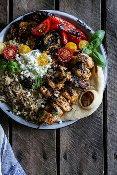 your best recipes: GreGreek Chicken Souvlaki and Rice Pilaf Plates w/Marinated Veggies + Feta Tzatziki. Greek Chicken Souvlaki, Greek Diet, Grilled Veggies, Half Baked Harvest, Greek Recipes, Diet Recipes, Easy Recipes, Mediterranean Recipes, Stuffed Peppers