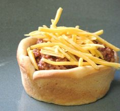 Sloppy Joe Cups - more to make in muffin tins! Finger food for busy kids of all ages! Such a good idea!