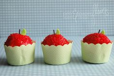 celebrate with an adorable mini-sized treat