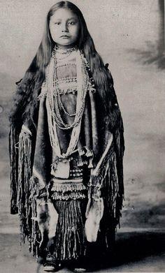 Christine Kozine (Chiricahua Apache), 1905.