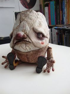 Mark Porter's Humpty Dumpty - made of Super Sculpey, he show great progress pictures on his blog :)