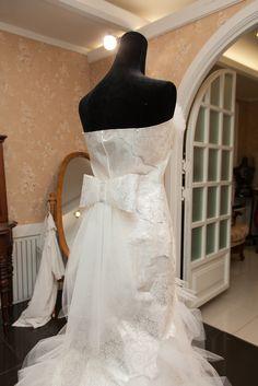 Z:IN VERA WANG Dress Vera Wang Dress, One Shoulder Wedding Dress, Wedding Dresses, Fashion, Bride Dresses, Moda, Bridal Gowns, Fashion Styles