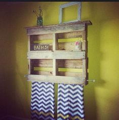 ♥I think the shelf is made from a pallet