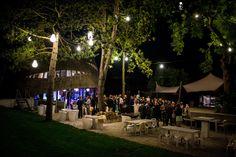 Trouwen in de avond bruiloft feest paviljoen puur diemen