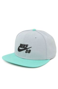 Nike SB goes with a two tone snapback hat that can be found at PacSun. The Nike SB Icon Snapback Hat has a simple logo on front and a logo loop on back. Nike Heels, Nike Tights, Nike Leggings, Adidas Shoes, Sb Logo, Flat Bill Hats, Flat Hats, Nike Run, Air Max Day