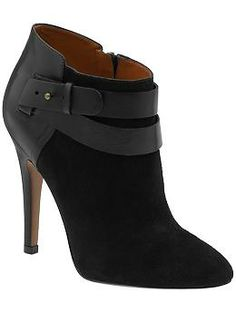 size 8 - incase anyones thinking for my BDAY! LOL  Nine West Brettly | Piperlime