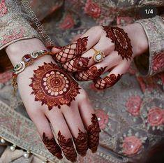 Round Mehndi Design, Floral Henna Designs, Latest Bridal Mehndi Designs, Back Hand Mehndi Designs, Stylish Mehndi Designs, Mehndi Designs For Girls, Mehndi Design Photos, Dulhan Mehndi Designs, New Bridal Mehndi Designs