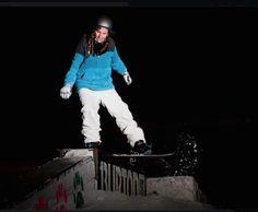 No podría vivir sin...el snowboard! Practico todo tipo de deportes de riesgo!