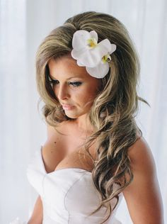 24 Mind-Blowingly Beautiful Wedding Hairstyles - MODwedding