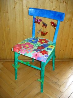 Foto - Židle rozkvetlá louka
