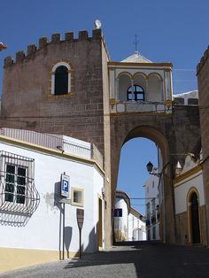 Garrison Border Town of Elvas and its Fortifications (UNESCO) - Portugal