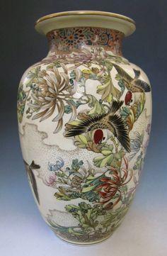 Antique Japanese Satsuma Ware Vase Signed Kinkosan.Meiji. Stunning !!!