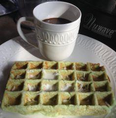 Keto Waffle (low carb, grain-free, dairy-free options)