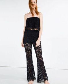 Pantalones campana Zara - Pantalones campana en tejido de encaje transparente en las piernas y top a juego