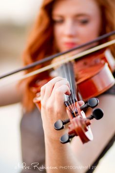 Posh Poses | Solo | Vibrant Colors | Showcasing Hobbies | Violin Love | Senior Girls