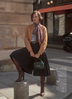 Paris Match - Jip Boxstart by David Roemer for Marie Claire UK September 2019 Gisele Bundchen, Modest Fashion, Girl Fashion, Womens Fashion, Modest Outfits, Fashion Design, Fantasy Fashion, Fashion Poses, Fashion Outfits