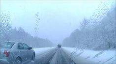 Autobahn M1 E30 in Weißrussland im Winter - Fahrt mit dem Auto nach Russland - Autoreise im Winter