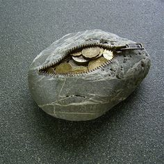 Stone Coin Purse. I think I actually really like this.