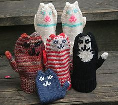For cat lovers everywhere - delightful mittens knit to look like