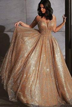 Spaghetti Straps V-neck Long Gold Sequins Tulle Evening Dress 0152 – shinydress Source by krunchybee Dresses Elegant Dresses, Pretty Dresses, Beautiful Dresses, Formal Dresses, Sweet 16 Dresses Gold, Gold Formal Dress, Long Gold Dress, Gold Sequin Dress, Gold Party Dress