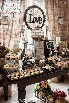 rustic theme vintage theme candy bar dessert table coltul dulce www coltuldulce ro Dessert Bar Wedding, Candy Bar Wedding, Wedding Desserts, Table Wedding, Wedding Themes, Wedding Decor, Rustic Wedding, Wedding Ideas, Buffet Dessert