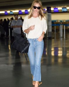 Rosie Huntington Whiteley street style with Celine handbag (June 2016). #rosiehw…