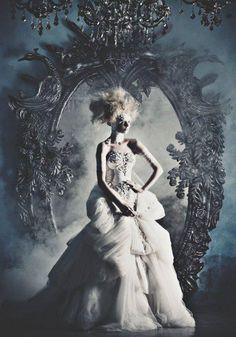 fairytales, queen, princess, villain, evil, prince, knight, fairy, elf, Mary Antoinette, fantasy.