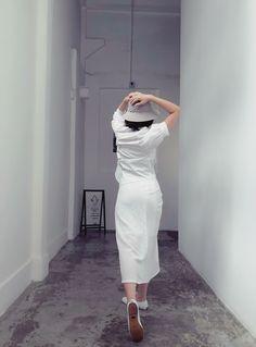 White Sneakers, White Dress, Dresses, Fashion, White Tennis Shoes, Vestidos, Moda, Fashion Styles, Dress