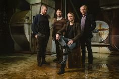 I love this band! I just wish Jón and Hallgrimur hadn't left! :'(