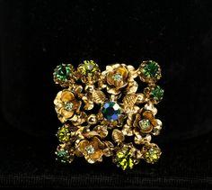 Wunderful Jewels --  VJT SOTW by Randy and Lynn on Etsy