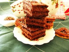 Nasa slovenska rodina ma rada cokoladove zakusky. A bohemka je najoblubenejsi zakusok mojej mamky a robila ho hadam najcastejsie. Robila ho tak casto, ze nam prestal chutit....:-) a ja som sa ho od...