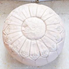 SAKURA hellrosa 20 x 13 / / marokkanische Hocker von dearMorocco