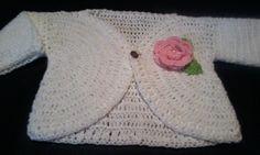tejiendo-juntos:  Saquito de bebé tejido a crochet...Ésta vez les ...