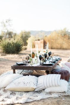 Who Knew Southern Blooms in the Desert Was Such an Epic Combo! Boho Wedding, Deserts, Table Settings, Southern, Bloom, Table Decorations, Beach, Garden, Outdoor