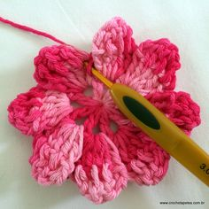 Crochet Flower Patterns, Crochet Flowers, Crochet Ideas, Flora, Crochet Necklace, Knitting, Crafts, Amigurumi, Roses