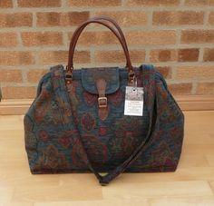 Carpet Bag Holdall Weekend Bag Large Tote Vintage Style Mary Poppins Bag  £150.00