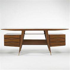 Gio Ponti; Walnut, Brass and Glass Executive Desk for Giordano Chiesa, 1950.