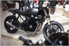 Honda CB750 Nighthawk cafe racer custom | Bike Shed Paris